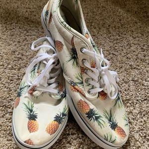 Pineapple Low Canvas Vans